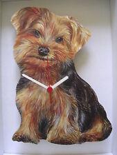 Yorkie, Yorkshire Terrier Chien Horloge Murale. nouveau & boxed.