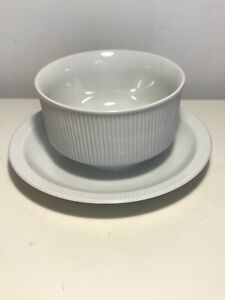 Arzberg Germany Gravy Sauce dish bowl with affixed under plate As New White 431
