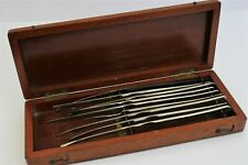 BOX OF ANTIQUE SCALPELS AND SURGEONS INSTRUMENTS