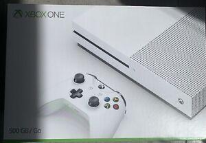 Microsoft Xbox One S  Weiß Spielekonsole In OVP