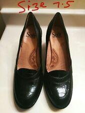 Soffit Women''s shoes SZ US 7.5 Black Leather