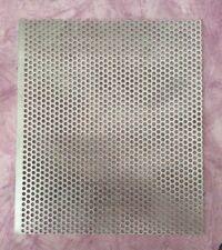 1x Aluminium-Lochblech Größe 216x250x1,5 mm, Bohrung 4 mm.