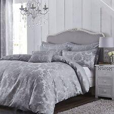 Catherine Lansfield Damask Jacquard King Size Duvet Set Silver