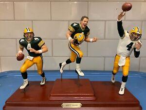 Danbury Mint  -  Green Bay Packers  Brett Favre  3 Figure Statue Set