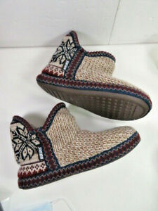 MUK LUKS Maroon, Brown, Blue Slipper Boots w/Faux Fur Lining  M 7-8