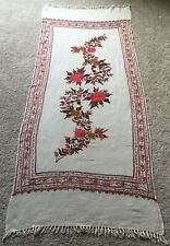 Vtg Womens Floral Crewel Hand Embroidered Ivory Wool Piano Shawl Kashmiri Wrap