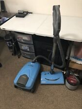 KENMORE CANISTER VACUUM CLEANER MODEL 116  BLUE Whisper Belt