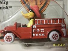 ERTL 1988 Warner Bros Looney Tunes Daffy Duck Fire Truck  die cast PLANE new