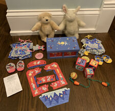 Muffy Vanderbear Play Date The Toy Collection - Hoppy Outfits Toy Box Accessory