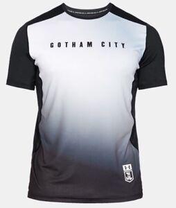 UNDER ARMOUR GOTHAM CITY FITTED TEE SHIRT RARE HTF BATMAN BRUCE WAYNE T-SHIRT