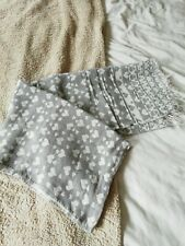 Grey And White Heart Design Autumn/winter Scarf