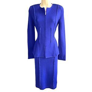 St. John -Size 2 - Wool / Rayon Knit Peplum Pencil Skirt Suit - Zip Front Jacket