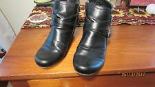 BARE TRAPS TOMMIE BLACK ANKLE BOOT BOOTIE SIZE 10 M 2 STRAPS BUCKLES 2 INCH HEEL