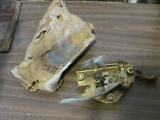 NOS 61 62 63 64 65 66 Ford Truck RH Door Latch C3TZ-8121812-C FoMoCo
