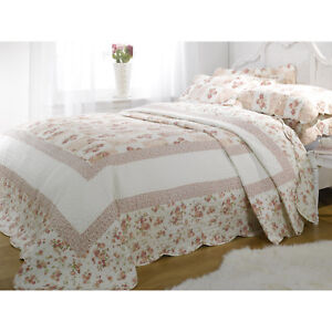 Double Pink Floral Patchwork Quilted Bedspread Throw + 2 Pillow Shams