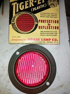 Tiger eye ww2 period military reflector raised metal surround and red lens.