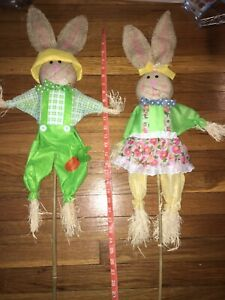 2 Colorful Bunnie Rabbits 2' YD Stakes Easter Spring Decor burlap hay Clothes