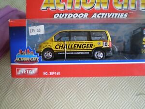 Realtoy 38916k Action City Ford Galaxy & car on trailer S.R Challenger