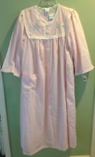 NEW PINK W/BLUE FLORAL PRINT & EMBROIDERY MERVILLE NIGHTGOWN  ROBE DUSTER SIZE L