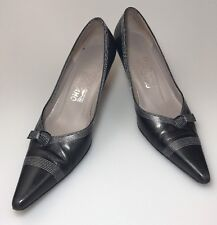 Salvatore Ferragamo Classic Wear To Work Pumps Size 7.5 AA Black Grace
