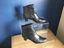 CLARKS BLACK LEATHER SMART ANKLE BOOTS SIZE (6)(39)...