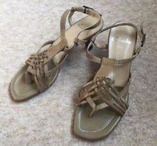 Ladies Womens Size 5.5  Clarks Freeflex Sandal Shoe Buckle Open Toe