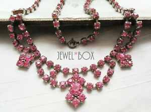 VINTAGE 1950s RICH SAPPHIRE PINK RHINESTONE CRYSTAL SWAG NECKLACE BRIDAL GIFT