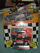 Outlaw Sprint Car Racing Campeón 1:64 de Metal #29 Johnny Herrera Dirt Track