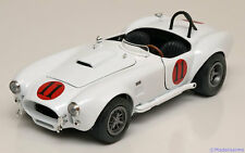 1:18 Ertl/Auto World Shelby Cobra 427 S/C Elvis Presley 1965