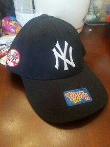 New York Yankees Youth Boys Kids  Navy Adjustable Hat