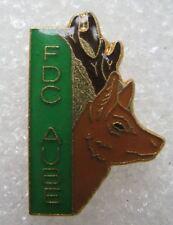 Pin's Association de FDC AUBE avec un Chevreuil Cerf Chasse #A4