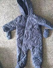 Bebé Chicos siguiente Traje para nieve 9-12 meses Desmontable De Olla Excelentes Condiciones