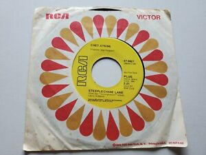 """CHET ATKINS - Steeplechase Lane / Love Beads 1970 PROMO Country RCA 7"""" (EX)"""