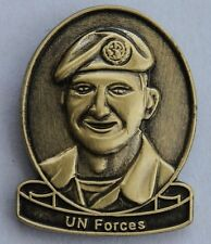 >>> UN FORCES LAPEL PIN - AUSTRALIAN FORCES WITH UNITED NATIONS  <<<