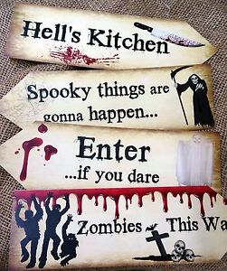 Set of 4 Scary Halloween Large Party Decoration Arrows