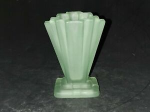 "Bagley Glass 1930's Art Deco 4"" Uranium Green  'Grantham' Vase"