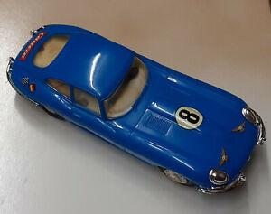 Carrera Universal: 40425 Jaguar Type E 8 mit Beleuchtung (Z124)