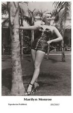 MARILYN MONROE - Film star Pin Up PHOTO POSTCARD - 201-1017 Swiftsure Postcard
