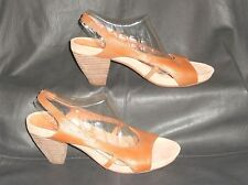 Sachelle womens Tan pebbled leather slingback sandal size US 8 1/2