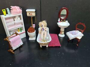 dolls house furniture 10 piece bathroom scene with lady in bath 1.12thY