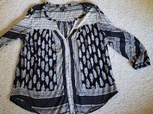 Lucky Brand Women's Top Shirt L Black Ivory print 3/4 sleeve Button Open Neck