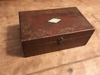 ANTIQUE VICTORIAN 19TH C DOVETAIL WOOD BOX PAINTED SIGNED MOTHER OF PEARL INLAY