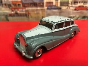 Dinky toys Rolls - Royce Silver Wraith number 150 die cast model car