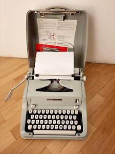 VINTAGE HERMES Media 3 SWITZERLAND PORTABLE TYPEWRITER WITH ORIGINAL CASE