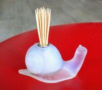 Porte-piques verre opalescent forme escargot Art Déco.