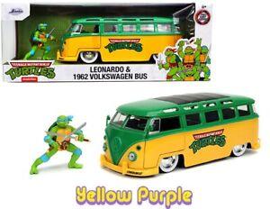 Jada 1:24 TEENAGE MUTANT NINJA TURTLES 1962 Volkswagen Bus & Leonardo 31786