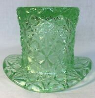 Boyd Art Glass Aloe Daisy And Button Hat