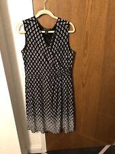 White House Black Market Sleeveless Wrap Style Dress Black & White Diamond 14