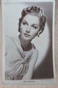 Ann Sheridan Picturegoer Postcard