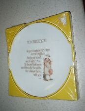 VINTAGE HOLLIE HOBBIE TO CHEER YOU PLATE NIP 1975 WWA COLLECTOR PLATE NICE GIFT